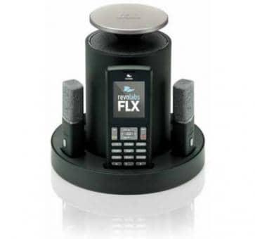 revolabs FLX 2 VoIP Konferenzsystem mit einem omnidirektionalen Mikforon und einem ansteckbaren Mikrofon